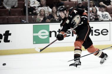 Corey Perry, baja sensible para los Ducks. Foto:https://kfgo.com