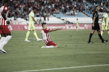 Corpas y Chema le dan la primera victoria liguera al Almería