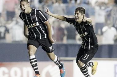 Corinthians supera estreia ruim, goleia o Rio Branco e se aproxima da classificação na Copinha