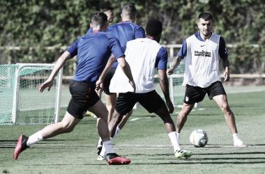 Saponjic entrena con el grupo y Correa está listo