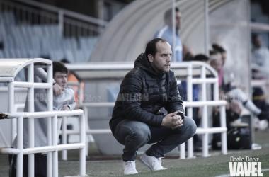 Lluís Cortés quiere el máximo de sus jugadoras en todos los partidos. FOTO: Noelia Déniz