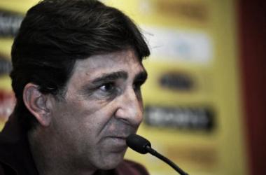 """Gustavo Costas: """"El equipo hizo un gran partido"""""""