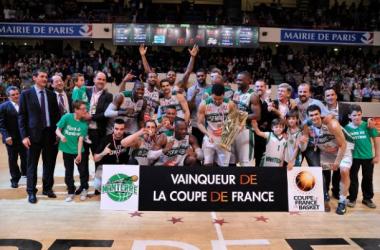 La joie des Nanterrois, vainqueurs de la coupe de France 2014. Crédits photo LNB