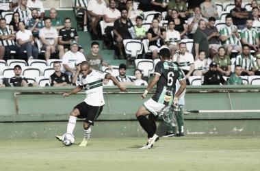 Com falha de Wilson, Coritiba fica apenas no empate em casa contra Maringá
