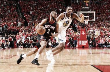 NBA playoffs - Houston Rockets beffati sul filo di lana