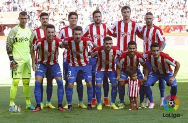 Abelardo afianza su once titular en el comienzo de Liga