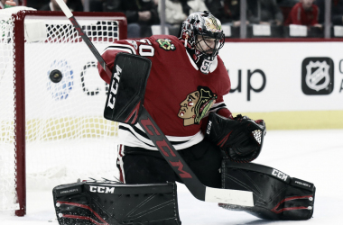 Chicago Tribune. Corey Crawford en plena acción con los Chicago Blackhawks.