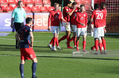 The hosts celebrate Chris Porter's opener at The Alexandra Stadium. (Photo by Ian Horrocks/Sunderland AFC via Getty Images )