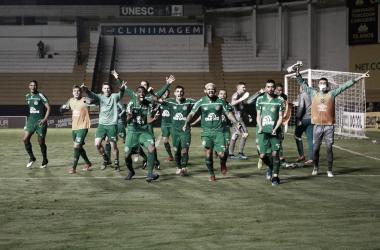 Chapecoense vence Criciúma nos pênaltis e vai à quinta final seguida no Catarinense