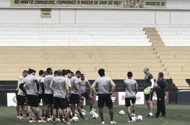 Após mais uma troca de técnico, Criciúma busca recuperação na Série B contra Botafogo-SP