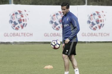 Christian Fernández en un entrenamiento la temporada pasada: Imagen; realoviedo.es