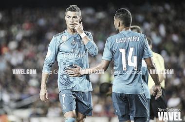 Por empurrar árbitro no 'El Clásico', Cristiano Ronaldo pega cinco jogos de suspensão