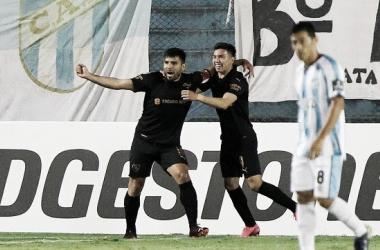 Independiente empató con Atlético Tucumán y avanzó de fase