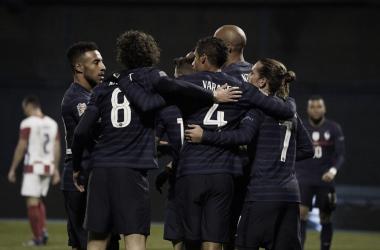 França leva sufoco, mas elimina Croácia da Nations League