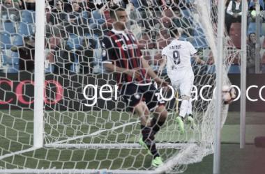 Camisa 9 garantiu segunda vitória seguida do time de Florença (Foto: Divulgação/ACF Fiorentina)