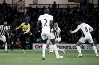 M'Baye Niang scarica in porta la palla dell'1-0.   @Football__Tweet, Twitter