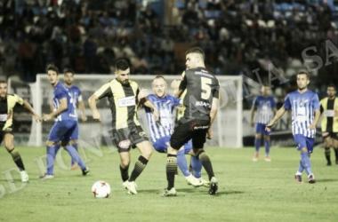 Lance del encuentro de la Copa del Rey entre la SD Ponferradina y el Rápido de Bouzas. | Foto: SD Ponferradina.
