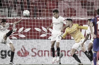 Análisis: el Sevilla FC gana ante la SD Eibar sufriendo hasta el final