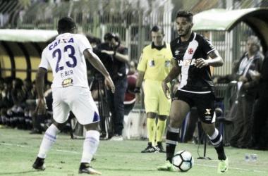 Em clima de férias, Cruzeiro duela com 'esperançoso' Vasco no Mineirão
