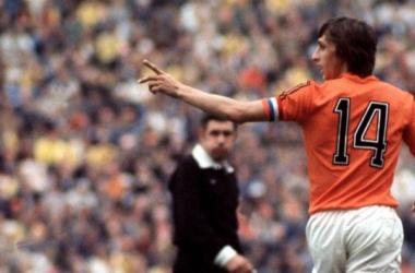 El curioso pulso de Johan Cruyff a Adidas