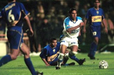 Francisco Palencia conduce el balón (Foto: Archivo)