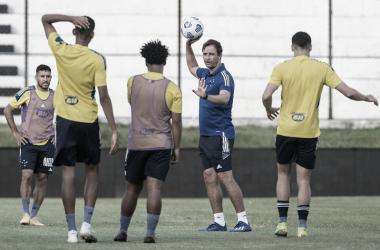Cruzeiro vem embalado de vitória no clássico (Foto: Gustavo Aleixo/Cruzeiro EC)