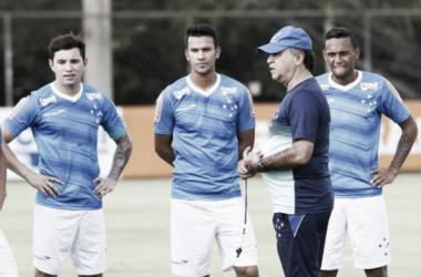Atual campeão, Cruzeiro visita o Democrata-GV na primeira rodada do Mineiro
