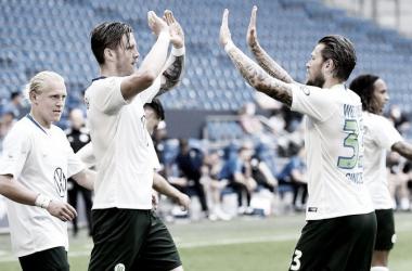 Wolfsburg bate Schalke 04 fora de casa e garante vaga na Europa League