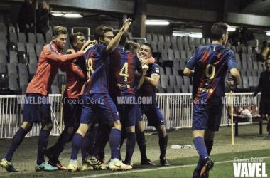 FC Barcelona B-CD Ebro: con la cabeza en los playoff