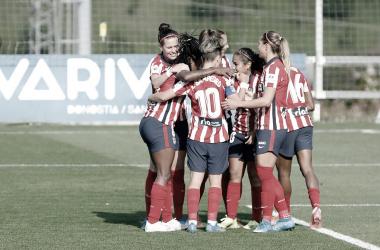 Las jugadoras del Atlético de Madrid celebrando el gol del encuentro. / Imagen: Twitter @Atletifemenino.