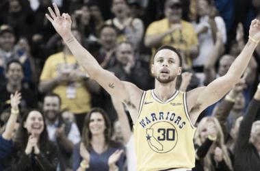 Curry en su noche explosiva ante los Wizards. Foto: ABC
