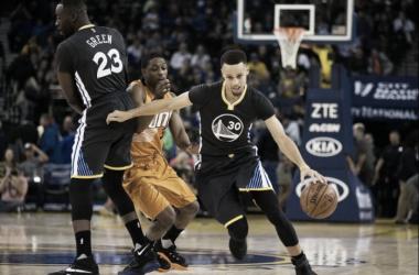 Resumen NBA: Toronto sigue acechando y Stephen Curry vuelve a deslumbrar