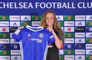 Chelsea sign promising midfielder Erin Cuthbert from Glasgow City