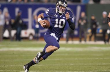 Quarterback Cyler Miles (Ed Szczepanski / USA Today Sports)
