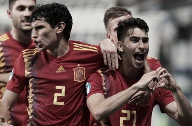 Marc Roca celebrando la clasificación a la gran final | Fotografía: UEFA