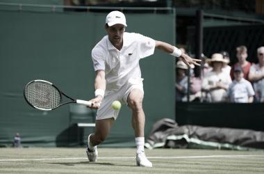 Bautista reaparece en Wimbledon con una solvente victoria
