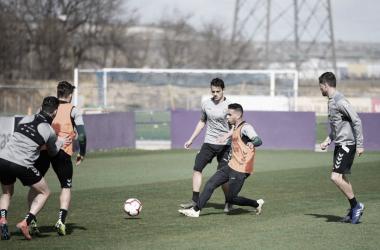 El primer equipo trabaja en los Anexos del Estadio José Zorrilla. Fotografía: Real Valladolid