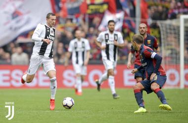 Juventus - La caduta dei giganti: bianconeri svogliati e battuti da un Genoa attento e cinico