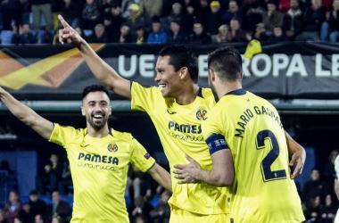 Villarreal vence Zenit e vai às quartas da Europa League