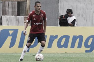 Volante do Brasil de Pelotas, João Ananias crê em 'fome de bola' na retomada da temporada