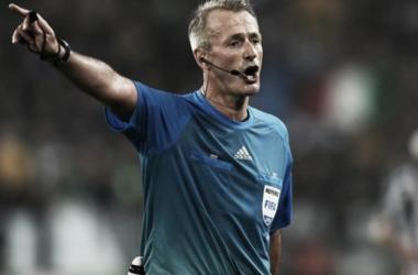 Martin Atkinson dirigirá la ida de semifinales de Champions
