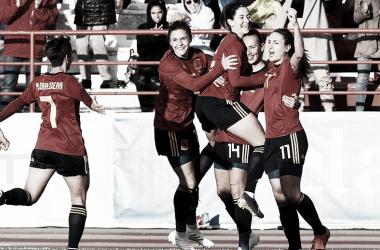 Las jugadoras españolas celebran un gol / FOTO: @SeFutbolFem