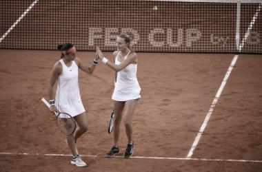 Mladenovic e Garcia garantem vitória em cima da Romênia e França fará final da Fed Cup