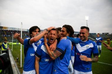 Serie B: volano Brescia e Lecce, pari Palermo. Sconfitta pesante per il Venezia