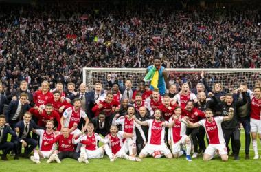 Eredivisie: l'Ajax ipoteca il titolo, tonfo PSV. Il Feyenoord perde ma omaggia Van Persie