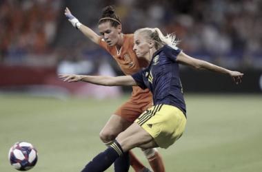 Holanda faz partida equilibrada e conquista sua primeira final no mundial