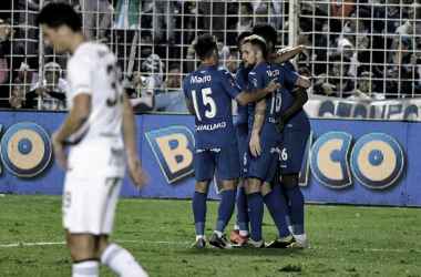 Abrazo de gol. Foto: Superliga.