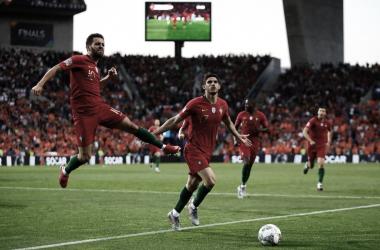 Com gol de Gonçalo Guedes, Portugal vence Holanda e conquista título da Nations League