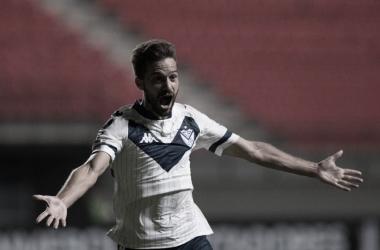 El grito de Bouzat para el gol de Vélez. Foto: @Velez