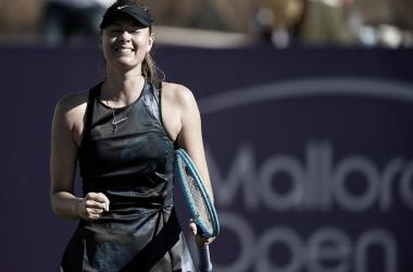 Retornando às quadras, Sharapova elimina Kuzmova na primeira rodada de Mallorca